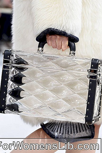 Louis Vuitton sacs Automne Hiver 2015 2016 | Étui en pexiglass transparent | PHOTOS