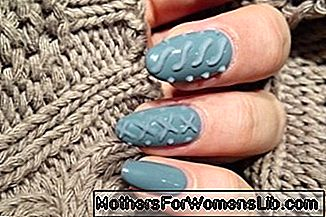 /pictures/2015/11/18/knitted-nail-art-di-cosa-si-tratta-1504160585[570]x[238]780x325.png