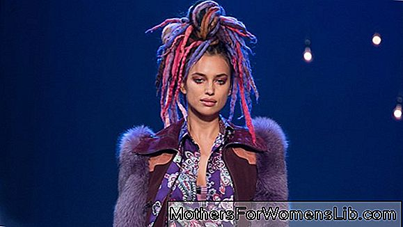 Marc Jacobs shows in New York, rave (maar chique) stijl op de catwalk