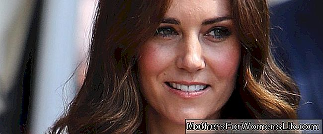 Kate Middleton sünnitas, Royal Baby sündis ja tema nimi on Louise Arthur Charles: kate